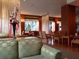 ホテルラウンジ